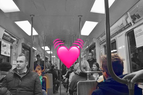 sexo en el metro con bragas vibratorias