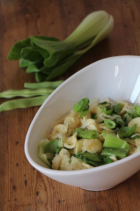 Orecchiette mit grünen Bohnen und Pak Choi