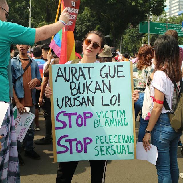Hannah Al Rashid: Tutup Aurat Bukanlah Solusi!
