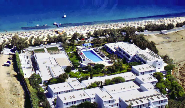 Aphrodite Beach Resort Hotel is built in a traditional mykonian style hotel which ensures a shooting and relaxing ambience for their guests,