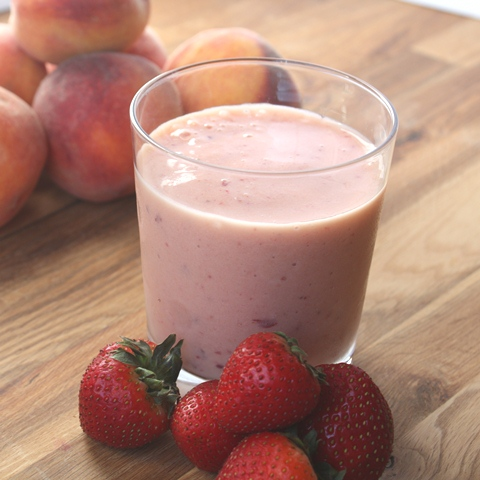 Strawberry Peach Banana Vanilla Smoothie recipe by Barefeet In The ...