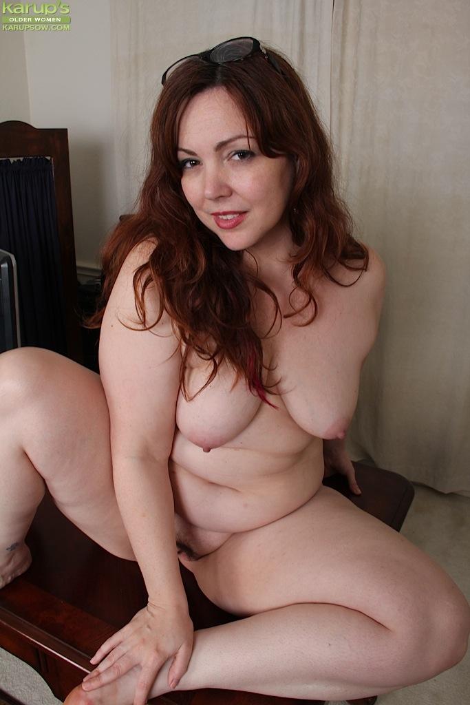 Nude close ups girls