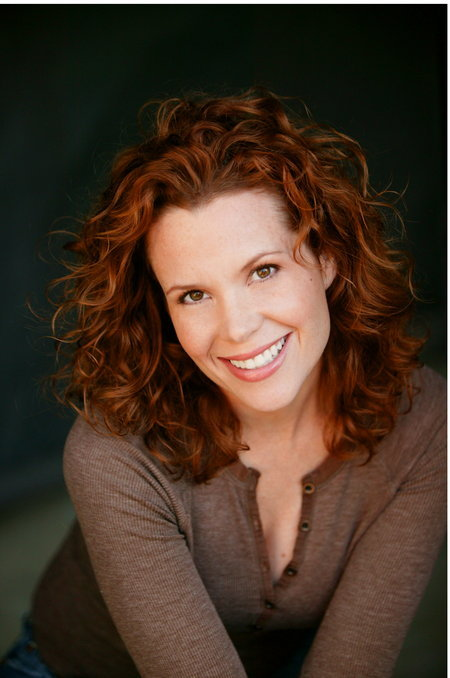 Celebrity Photo Bazer Robyn Lively-2754