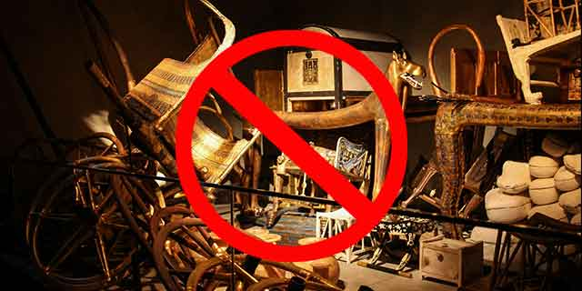 Fact #14:  Khufu left behind NO TREASURE (get all the facts)