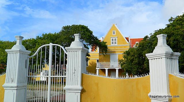 Curaçao - casarão no bairro de Sharloo, em Willemstad