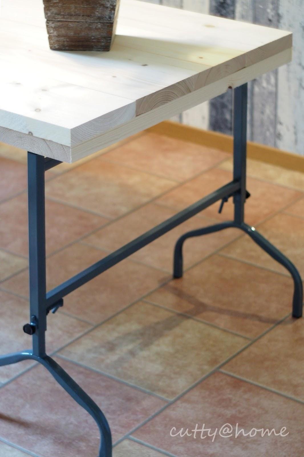 cutty home sch ner wohnen leicht gemacht diy preiswerter esstisch aus baudielen. Black Bedroom Furniture Sets. Home Design Ideas