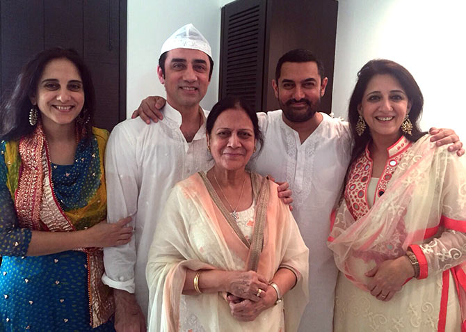 Aamir Khan Family in Hindi