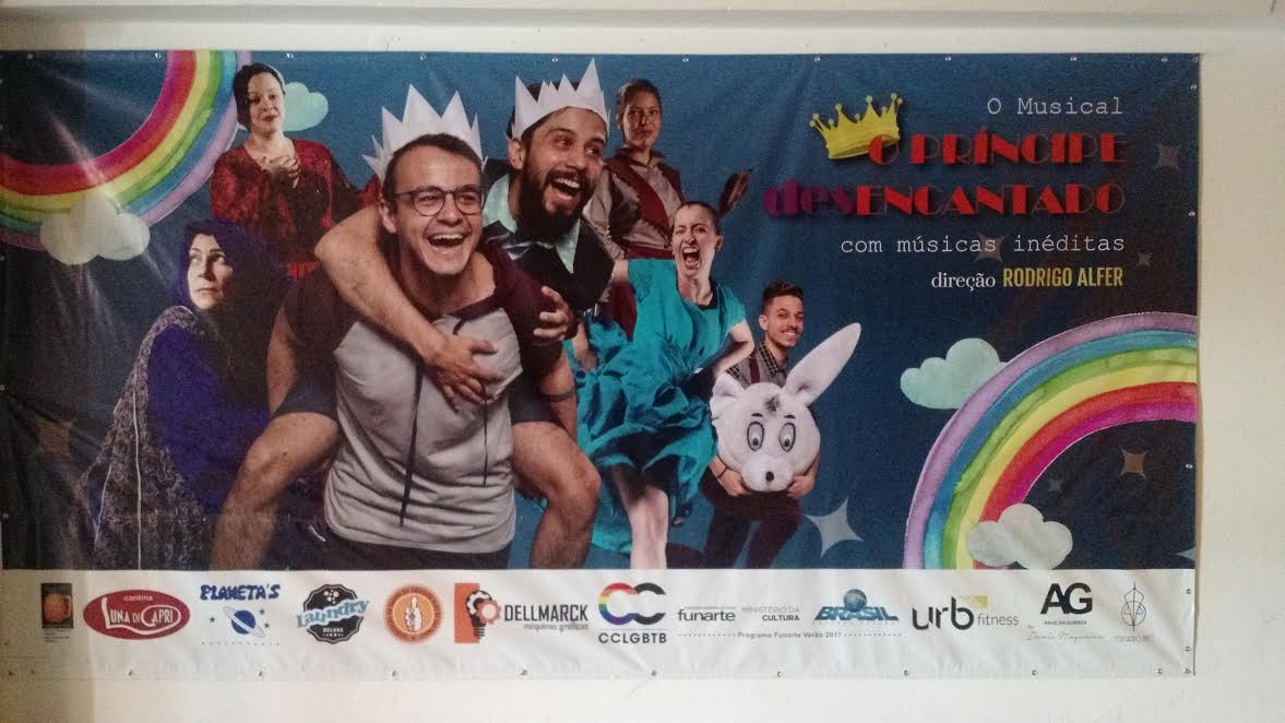 Identidade de gênero é tema de musical em São Paulo