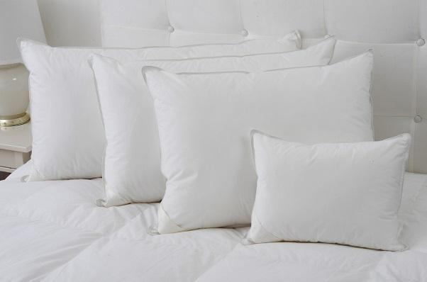 Cara Mudah Dan Jimat Belanja Memutihkan Bantal Tidur Yang Telah Kekuningan