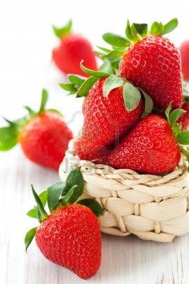Tips Sehat & Cantik Dengan Strawberry