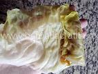 Sarmale de post cu ciuperci preparare reteta - acoperim compozitia cu marginea foii de varza