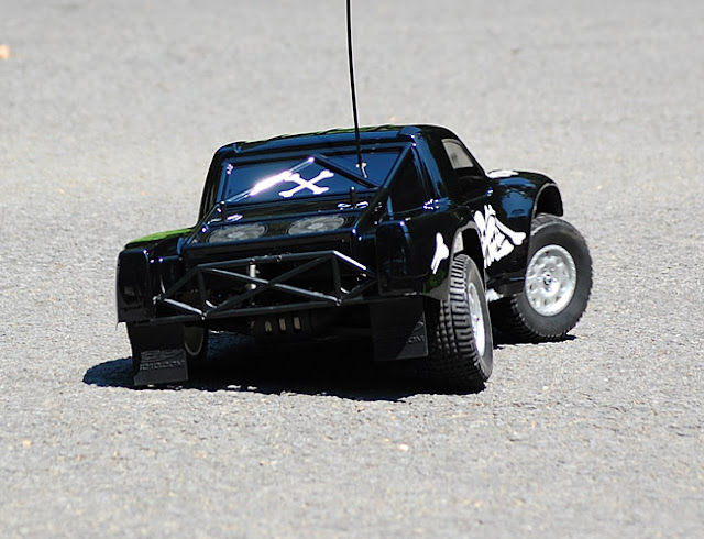 Team Associated SC10 action pictures