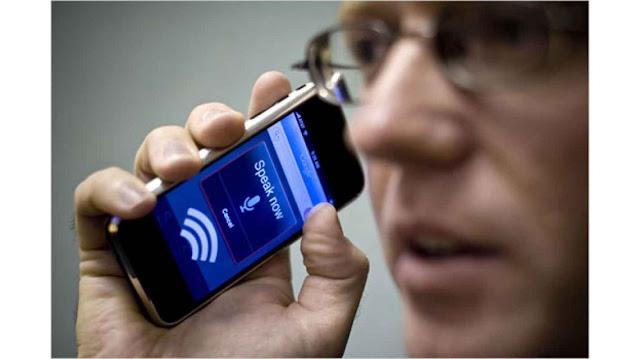 ¿Alguien habla en secreto con nuestros smartphones?