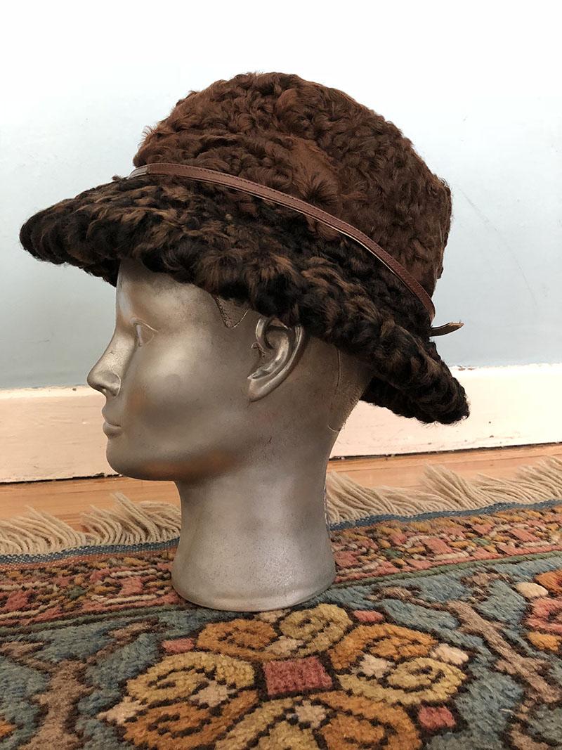 112171f0f22b7 La Sombrerera de Lady Marlo  Dos sombreros de astracán
