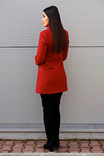 doua-modele-clasice-de-paltoane-femei-5