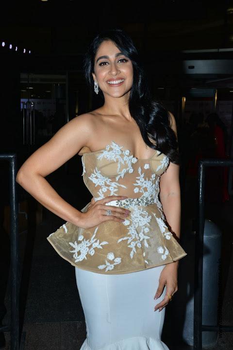 Regina Cassandra at Jio Filmfare Awards 2018