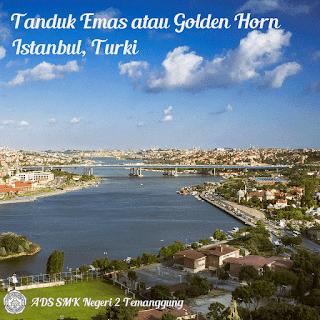 Tanduk Emas atau Golden Horn, di Istanbul, Turki.