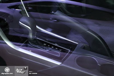 Tuas Transmisi Mitsubishi Expander (P-R-N-D-2-L)