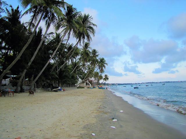 beach mui ne vietnam