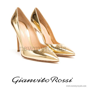 Crown Princess Victoria wore Gianvito Rossi Gold Patent Leather Pointed Pumps