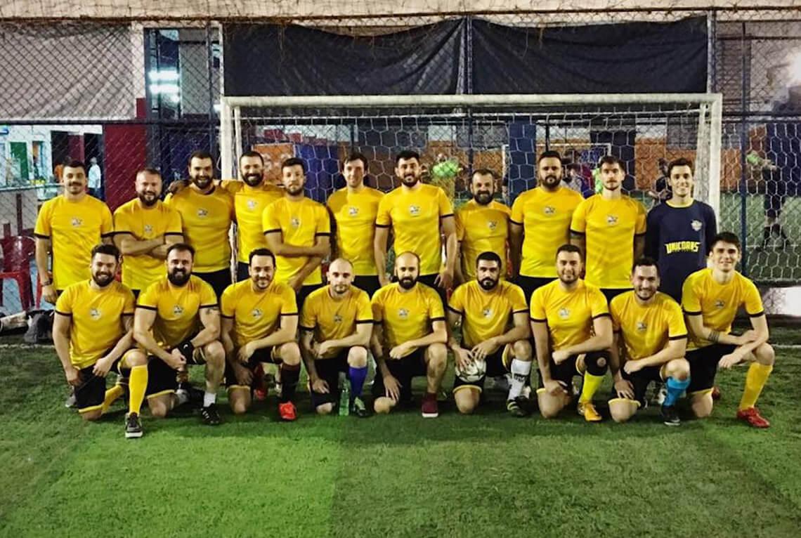 TV Globo mostra time de futebol formado só por gays