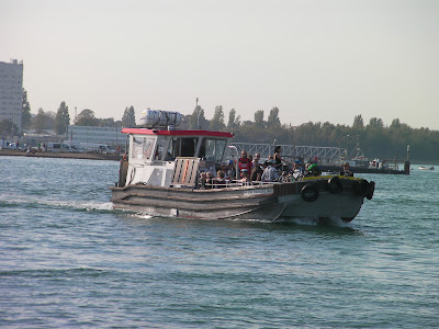 hayling ferry coming from eastney