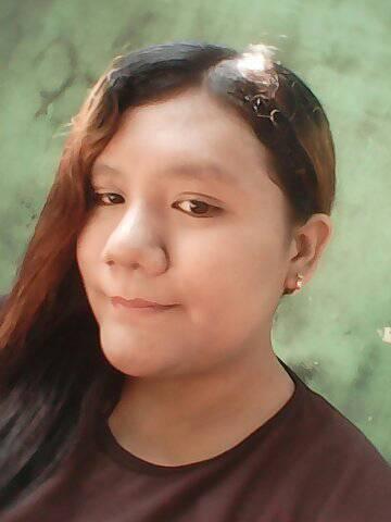 Yeni Seorang Gadis, Beragama Islam, Suku Jawa, Di Kota Malang Provinsi Jawa Timur Sedang Mencari Jodoh Pasangan Pria Untuk Dijadikan Sebagai Calon Suami