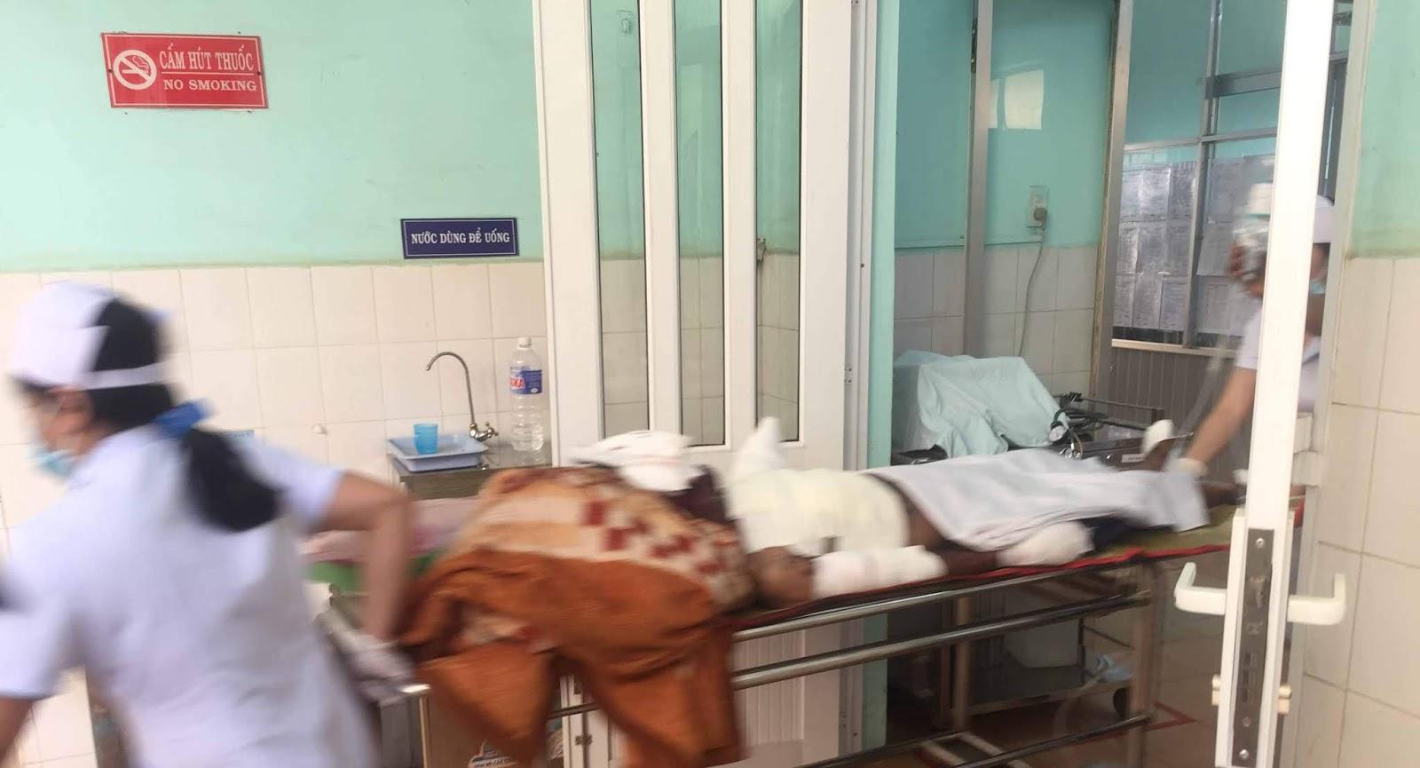 Gia Lai: Bị giang hồ đòi nợ, vợ uống thuốc độc tự tử, chồng bị nổ mìn nguy kịch