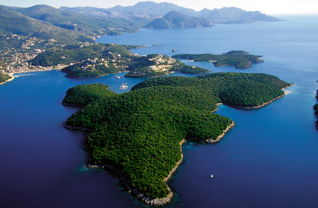 Αλβανοί, Γερμανοί και Άγγλοι οι τουρίστες στην Ήπειρο - «Ακτινογραφία» σε επισκέπτες και εισπράξεις