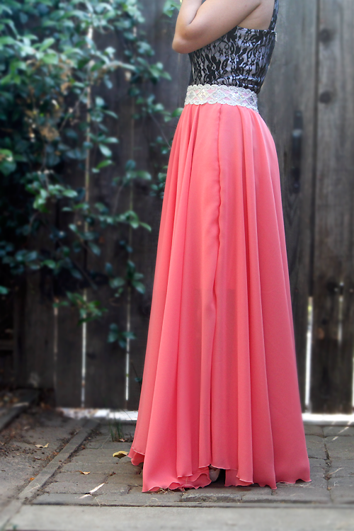 DIY long circle skirt (tutorial) - my $14 skirt | Yarns ...