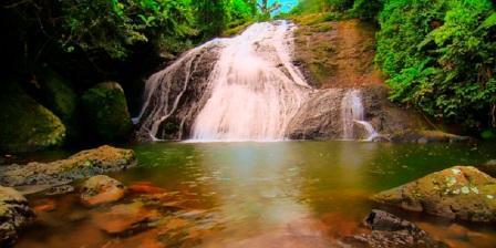 Air terjun Indo Rannuang, Tempat Wisata Perpaduan Antara Pesona alam Sungai dan Air Terjun Yang Tampak Indah