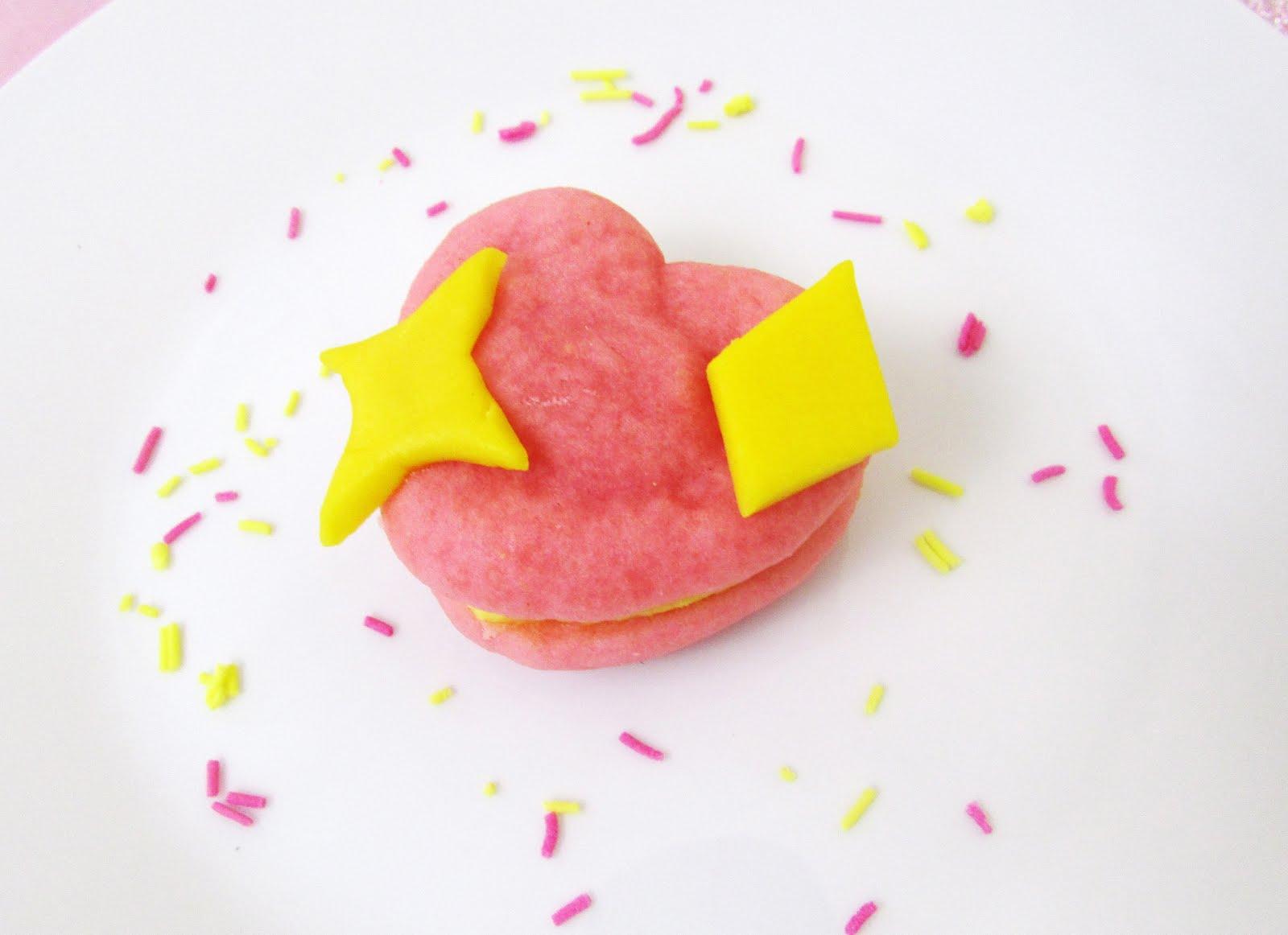Sparkling Heart Emoji Whoopie Pies 💖