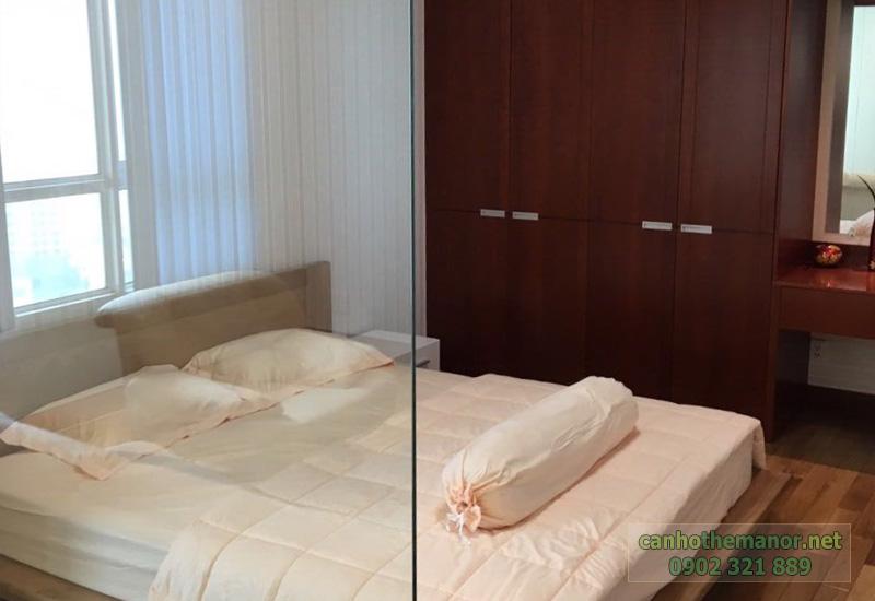 The Manor 2 HCM - phòng ngủ có tấm kính