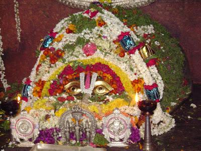 శ్రీ కూర్మం క్షేత్ర దర్శనం Lord Sri Kurmanatha Swamy Sri Kurmam Sri Kurmanatha Swamy Kurmanandha Srikakulam Temple Srikurmam temple lord vishnu Publications in Rajahmundry, Books Publisher in Rajahmundry, Popular Publisher in Rajahmundry, BhaktiPustakalu, Makarandam, Bhakthi Pustakalu, JYOTHISA,VASTU,MANTRA, TANTRA,YANTRA,RASIPALITALU, BHAKTI,LEELA,BHAKTHI SONGS, BHAKTHI,LAGNA,PURANA,NOMULU, VRATHAMULU,POOJALU,  KALABHAIRAVAGURU, SAHASRANAMAMULU,KAVACHAMULU, ASHTORAPUJA,KALASAPUJALU, KUJA DOSHA,DASAMAHAVIDYA, SADHANALU,MOHAN PUBLICATIONS, RAJAHMUNDRY BOOK STORE, BOOKS,DEVOTIONAL BOOKS, KALABHAIRAVA GURU,KALABHAIRAVA, RAJAMAHENDRAVARAM,GODAVARI,GOWTHAMI, FORTGATE,KOTAGUMMAM,GODAVARI RAILWAY STATION, PRINT BOOKS,E BOOKS,PDF BOOKS, FREE PDF BOOKS,BHAKTHI MANDARAM,GRANTHANIDHI, GRANDANIDI,GRANDHANIDHI, BHAKTHI PUSTHAKALU, BHAKTI PUSTHAKALU, BHAKTHI