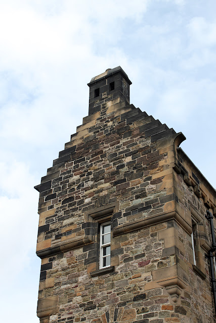 Ensikosketus Edinburghiin 38