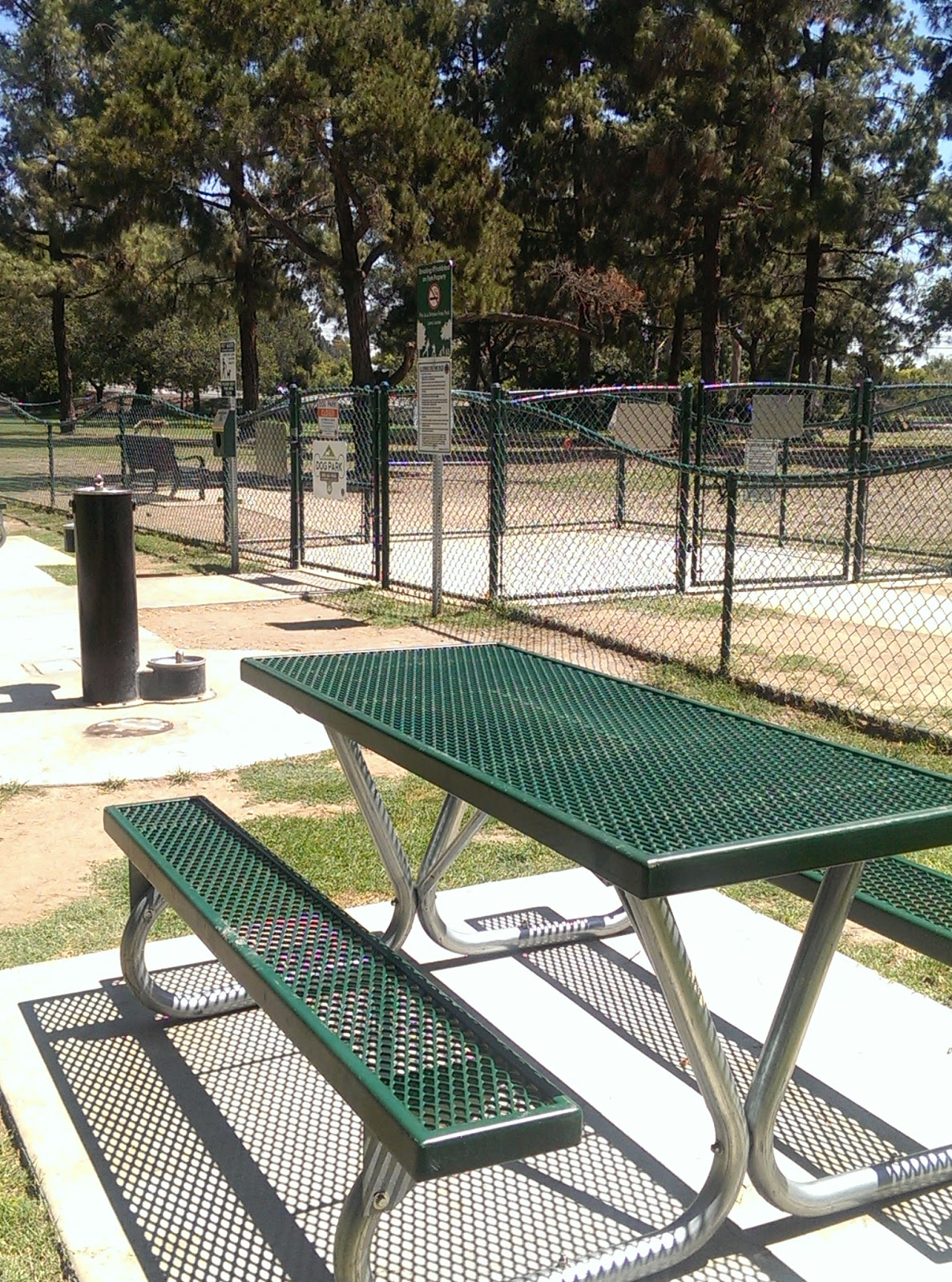 Picnic Tables, Drinking fountain