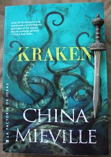 Portada del libro Kraken, de China Miéville
