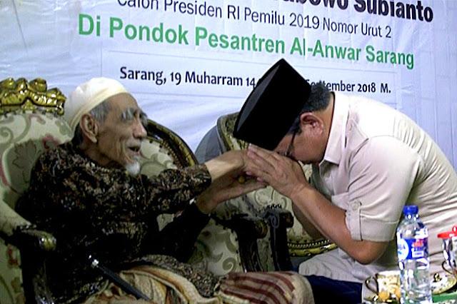 Putra Mbah Moen: Ayah Saya Selalu Mendoakan Pak Prabowo