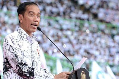 Jokowi: Guru Jangan Ruwet Urus Administrasi