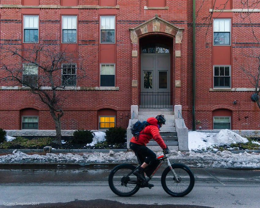 Portland, Maine USA March 2019 photo by Corey Templeton. A fat tire bike, cruising down Pine Street.
