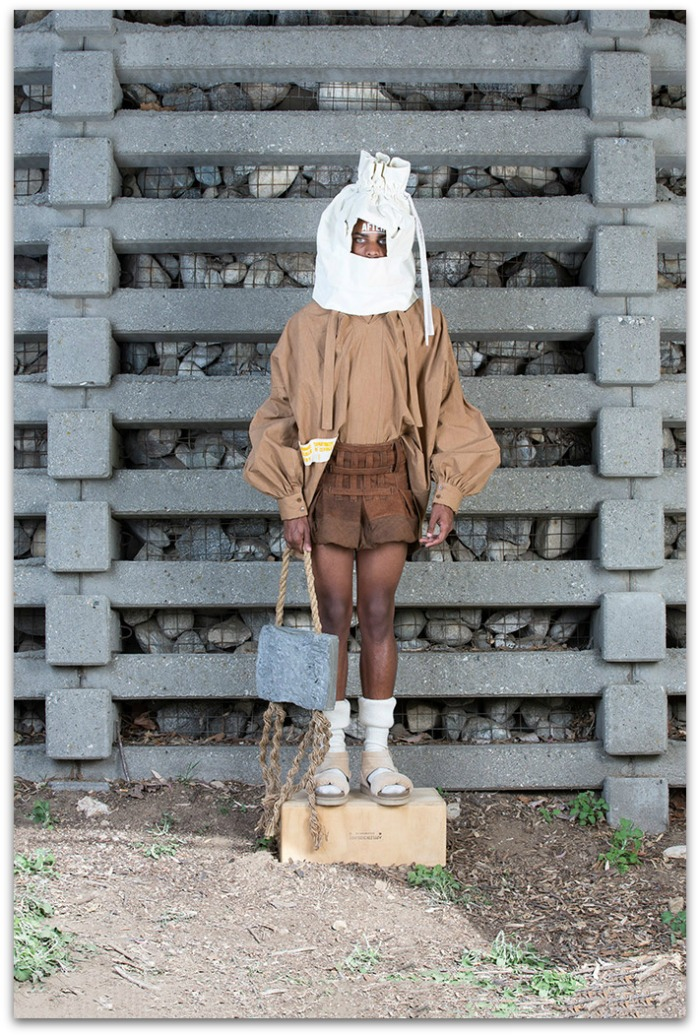 http://www.vogue.es/desfiles/otono-invierno-2016-2017-paris-fashion-week-bernhard-willhelm/12382/galeria/21164/image/1107138