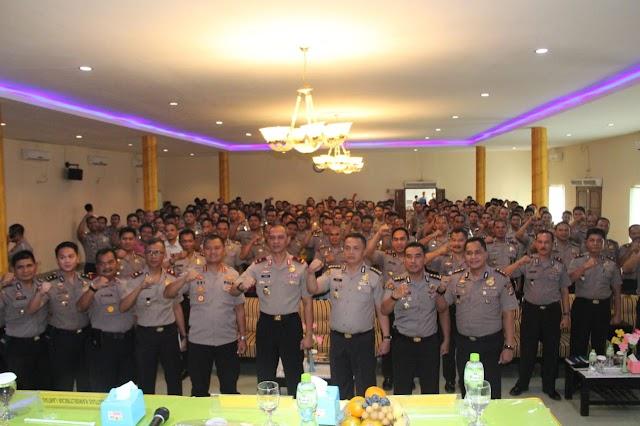 149 Bhabinkamtibmas Polsek Jajaran Polres Lebak, Dapatkan Pelatihan Kehumasan.