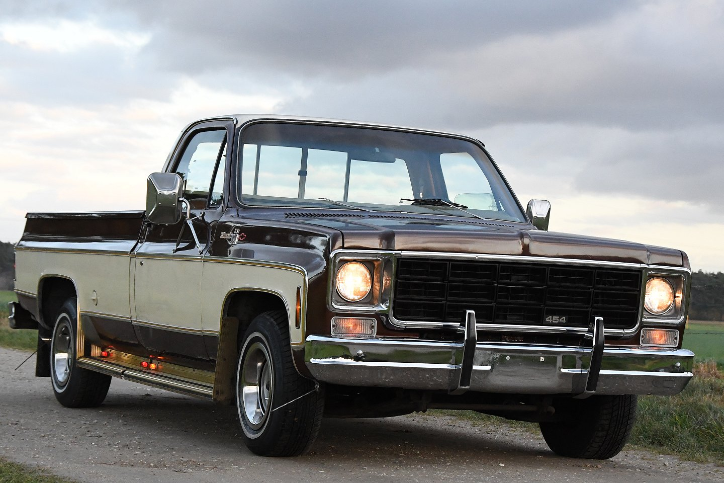 Chevrolet C10 Pick Up Silverado 1977 Stuurman Classic And Special Cars Ford O Matic Automatic Transmission Power Steering Brakes A It Comes With Bedcover In Color Airconditioning Tinted Windows