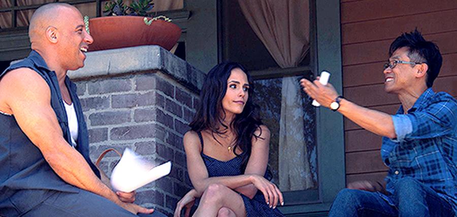 Vin Diesel, Jordana Brewster şi regizorul James Wan la filmările pentru filmul Furious 7