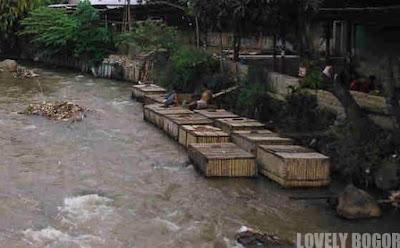 Wadah Budidaya Perikanan : Karamba Bambu/Kayu