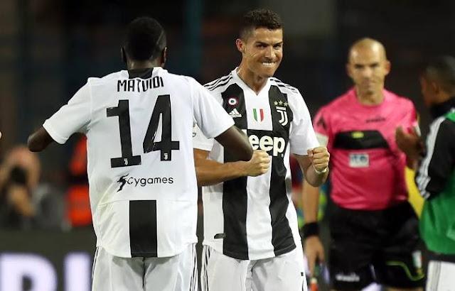 رونالدو ينقذ يوفنتوس ويحرز هدفين في مرمي أمبولي