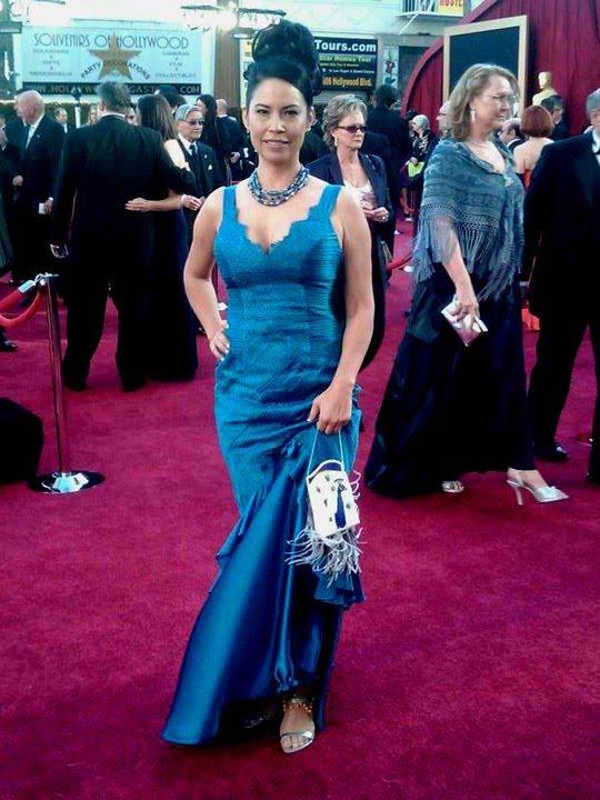 Beyond Buckskin Orlando Dugi Purse On The Oscar Red Carpet