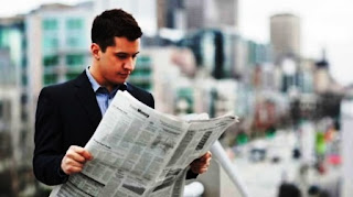Así comienza la última columna de Jim Rutenberg, el especialista en medios del The New York Times. ¿Cuál será el hecho trascendental y definitivo que ocurrirá este miércoles? Que la Newspaper Association of America (NAA, Asociación de Diarios de los Estados Unidos), que nuclea a los periódicos del país desde 1887, quitará de su nombre la palabra misma que lo define: Newspaper.