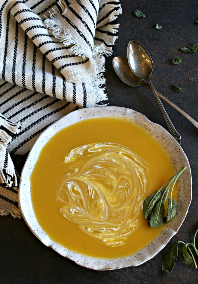 Recipe for soup made with butternut, acorn and carnival squash.