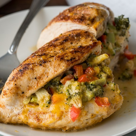 Broccoli Cheese Stuffed Chicken Breast #dinnerrecipe #glutenfree